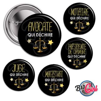 image badge bijou qui déchire avocat justice avocate